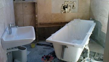 Замена старой ванны на новую и как сэкономить на этом мероприятии