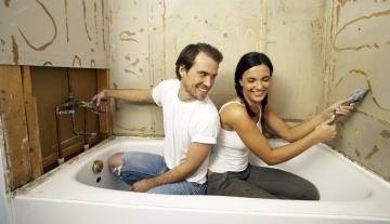 Реставрация старой ванны и новые трубы